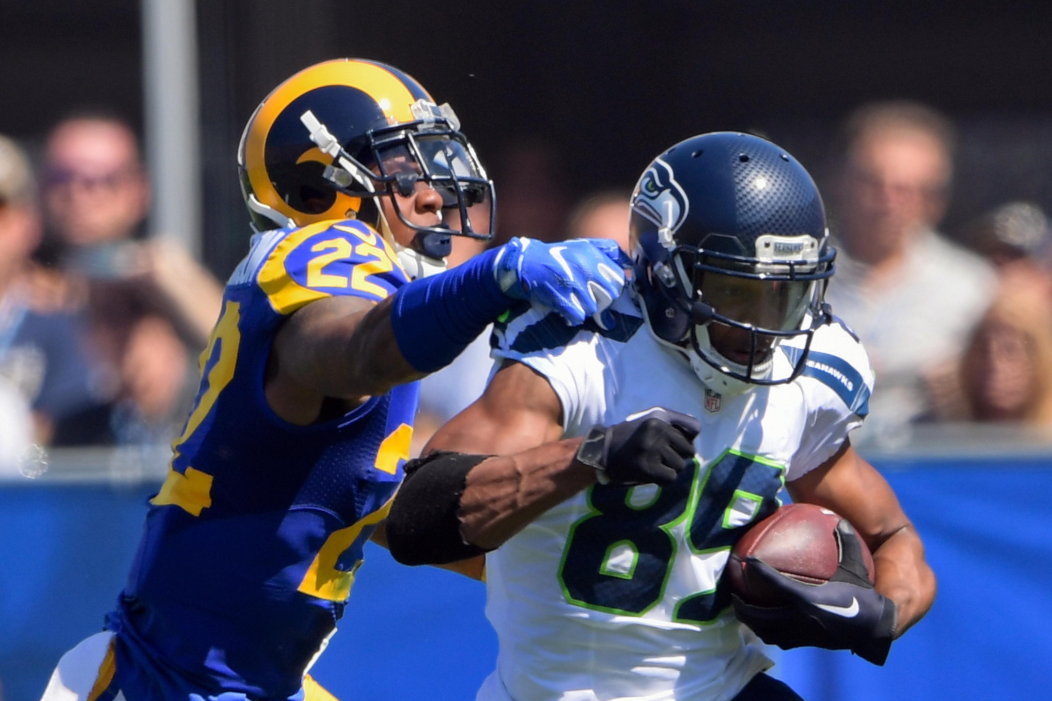 cheaper 97380 31fdf Los Angeles Rams: Fans can vote for second game of throwback ...